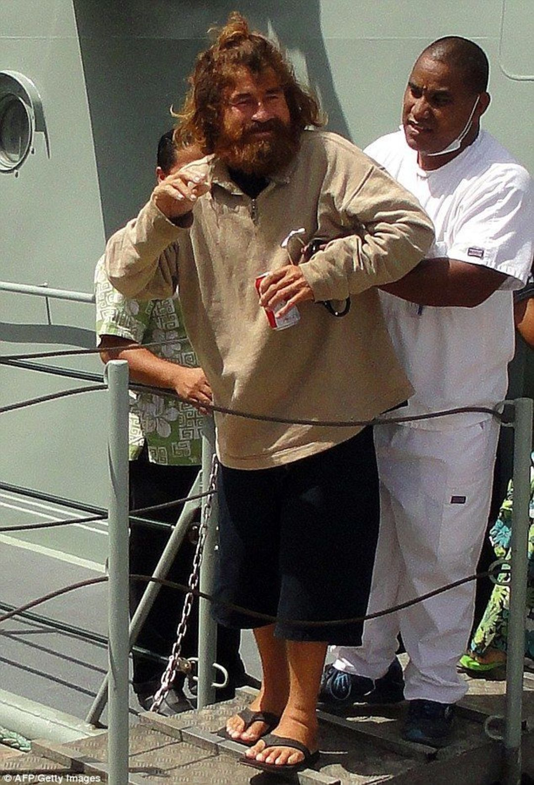 「这世界」海上漂流438天,这个大叔是名符其实的中年 Pi_文化_好奇心日报