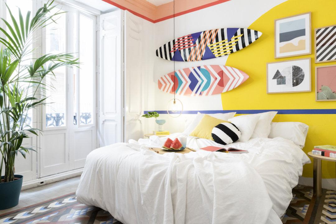 西班牙瓦伦西亚这间旅馆,亮点是几何与色彩的碰撞_设计_好奇心日报