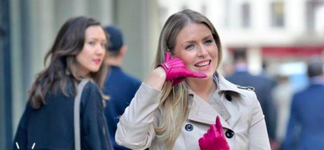 """不用拿出手机就可""""接电话"""",这个腕带只是让你显摆的吧_商业_好奇心日报"""