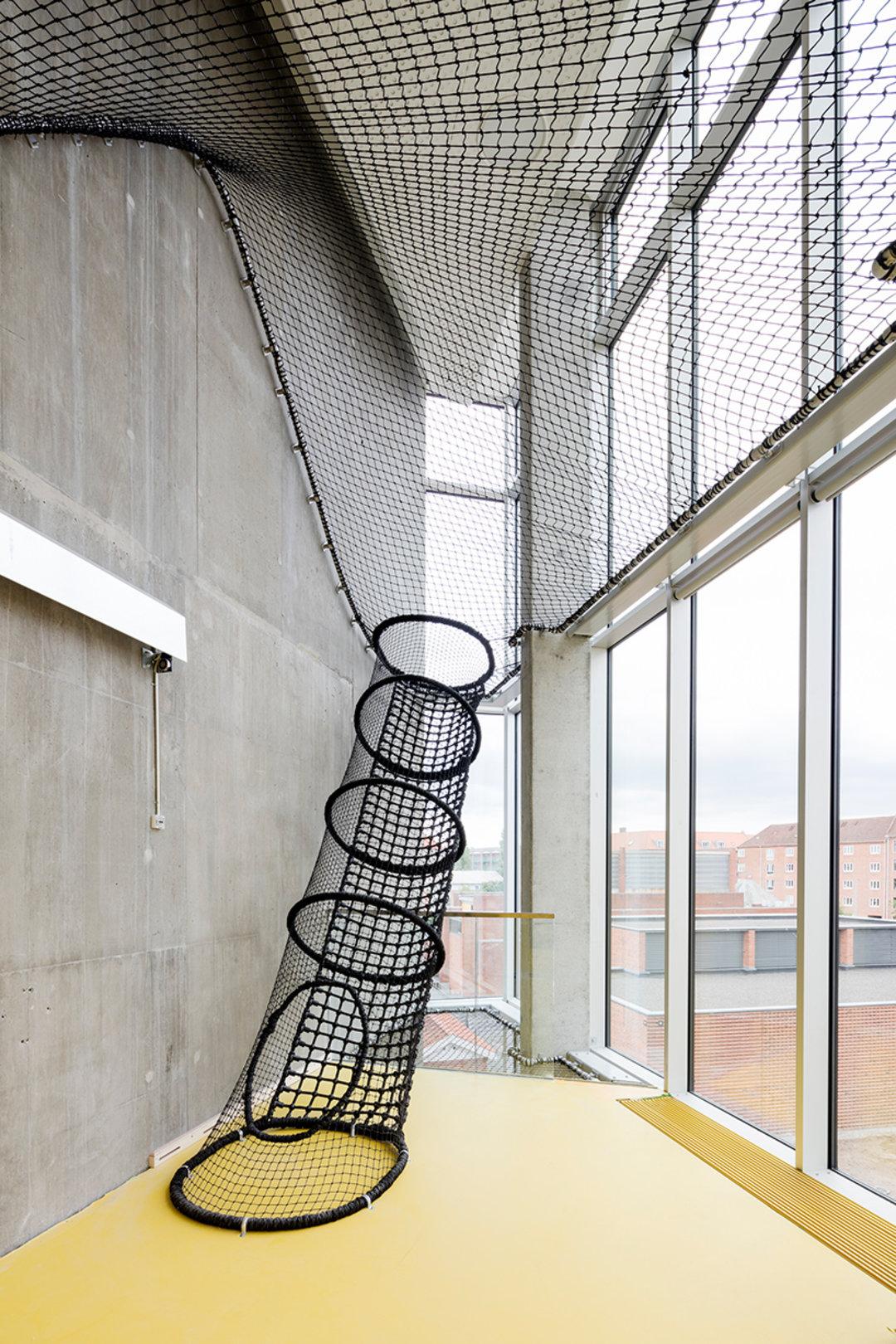 """哥本哈根这个""""游乐场"""",也许可以给我们的公共空间一点启发_设计_好奇心日报"""