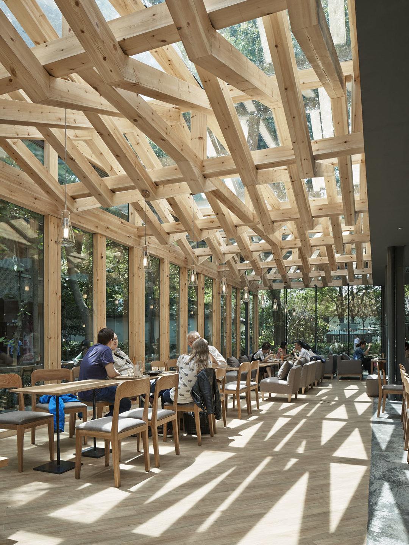 杭州这间咖啡馆,适合找个晴天去体验木结构下的光影