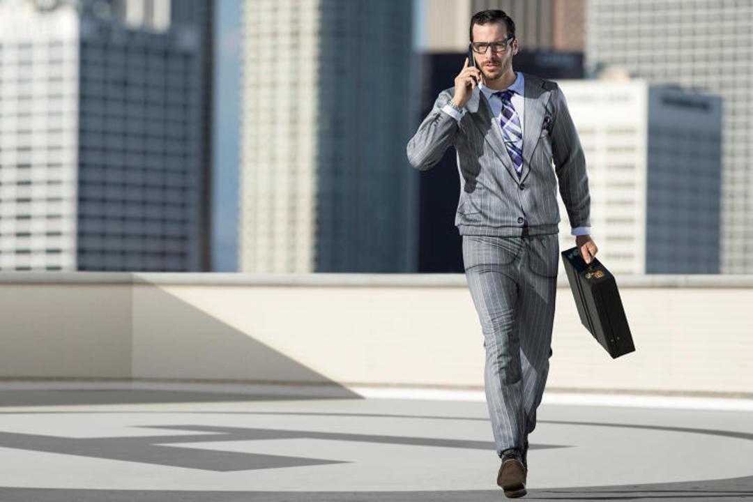 一个平价内裤想卖西装给成功人士,他们在想啥?