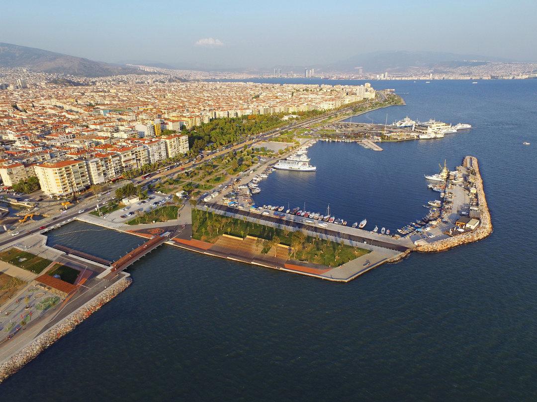 土耳其这座城市的海边休息区,有的只是浪漫和自由_设计_好奇心日报