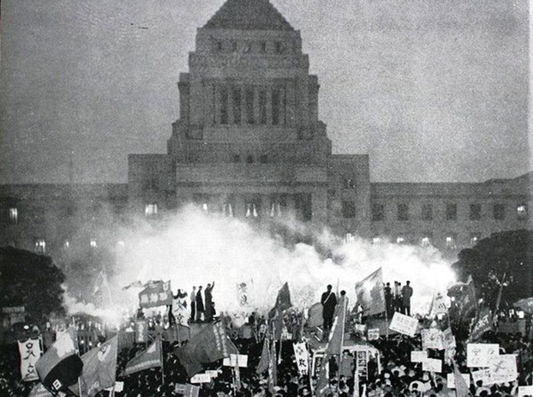 日本老奶奶讲述 50 年前参与学运的过往:那个理想、自由、暴力共存的年代_文化_好奇心日报