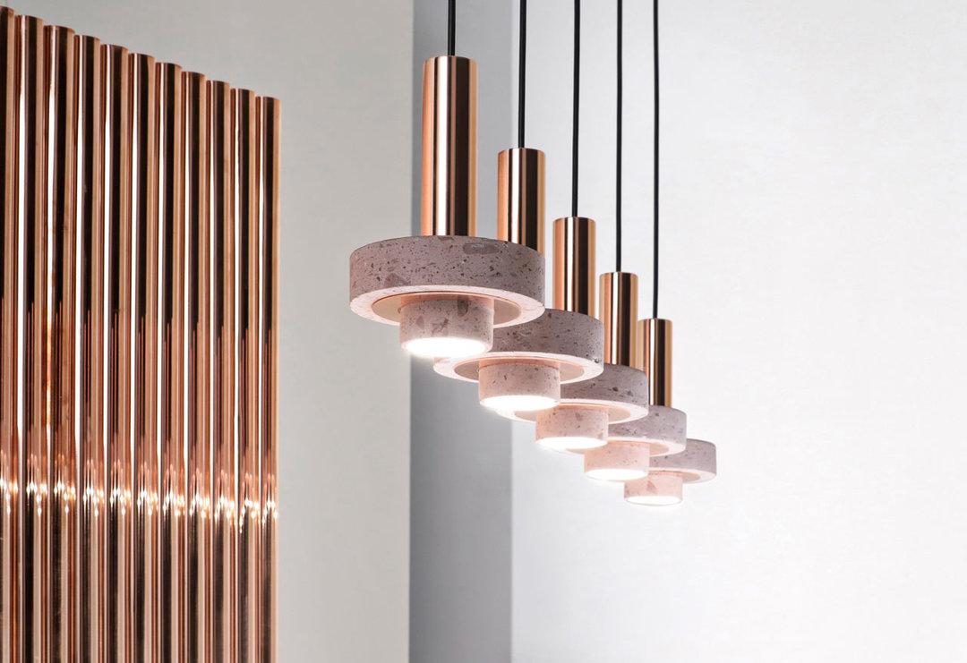 去年,墨西哥设计品牌 studio davidpompa 发布了 ambra 系列照明.